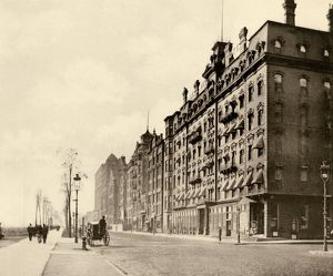 Chicago's Michigan Avenue, 1890s