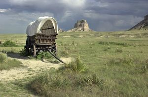 Conestoga wagon on the Oregon Trail